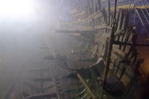 The Mary Rose. Photo by Les Chatfield