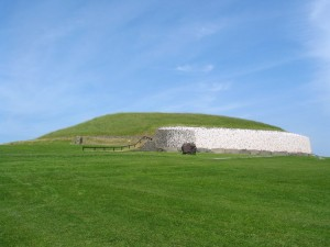 Newgrange passage grave in Ireland, home of the 4,800-year-old canine fossil. Photo by Richard Gallagher.